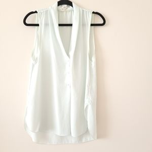 Wilfred sleeveless button front blouse
